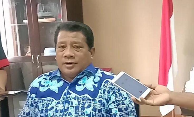 Faktor Usia, Ketua DPRD Maluku Tidak Divaksin